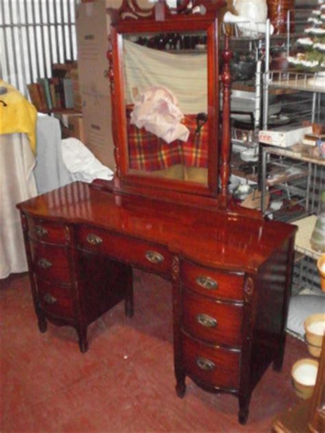 dixie bedroom set antique dixie bedroom set with vanity dresser excellent condition antique price