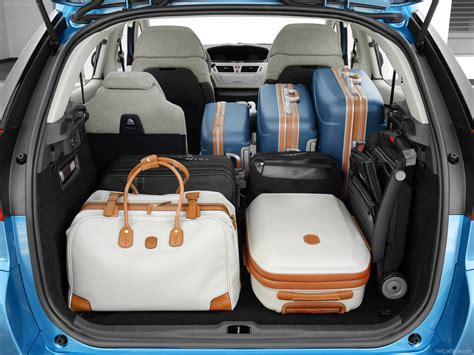 citroen c4 picasso trunk citroen c4 picasso 2007 picture 65 of 88