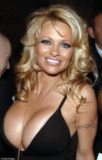Pamela anderson reveals new look pictures to pin on pinterest
