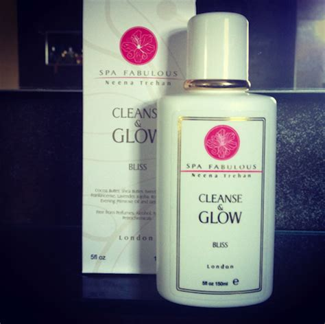 Glow Detox by Spa Fabulous Cleanse Glow A Model Recommends