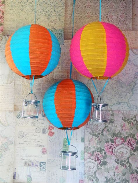 How To Make Paper Air Balloon Lantern - lines across 25 paper lantern makeovers