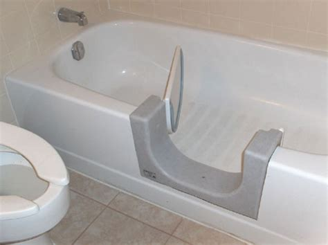 walk in bathtubs for disabled handicap bathtubs allow those with disabilities and