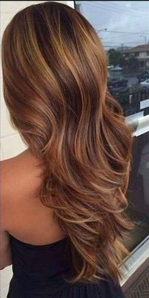 dark brown hair with caramel underneath on inverted bobs medium level warm caramel highlights full foil spring