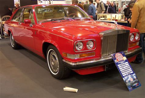roll royce red file rolls royce camargue vr red 1982 tce jpg wikimedia