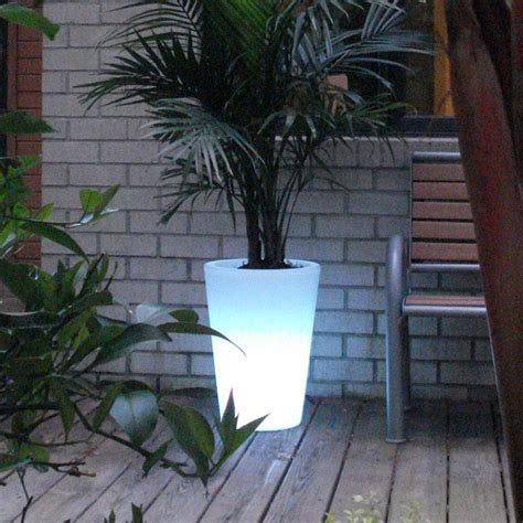 Illuminated Outdoor Planters by Bon Decor Illuminated Planter Clear With Led Multicolor