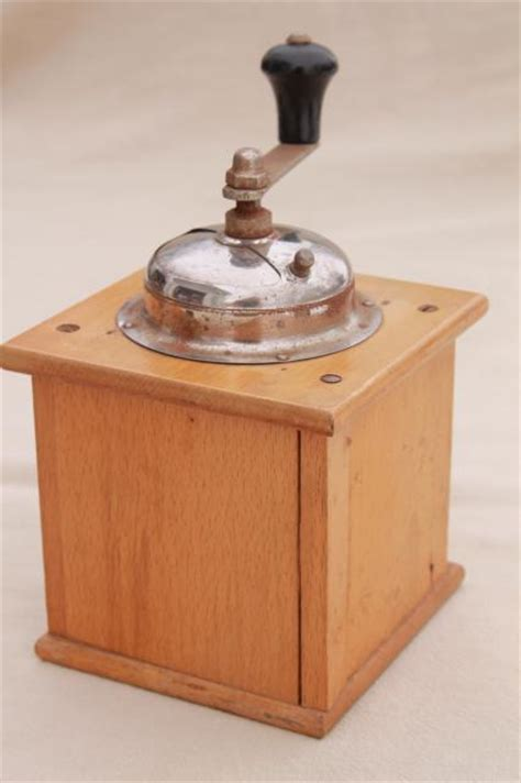 vintage kitchen collectibles hand crank coffee grinder mills primitive vintage kitchen
