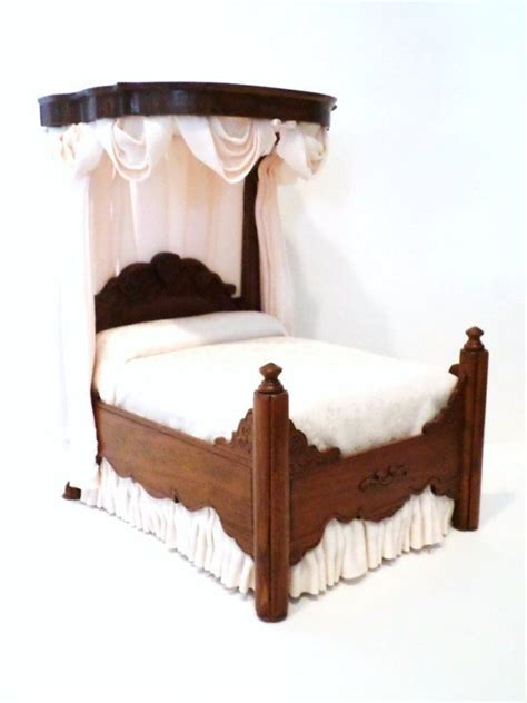 half tester bed 1000 images about decorator in the dollhouse on pinterest