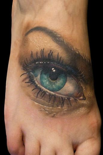 eyeball tattoo article realistic eye tattoos watch over the world 171 tattoo