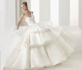 weird unique wedding dresses the wedding specialists