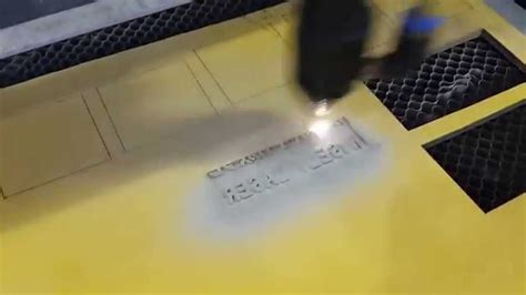 laser cut rubber st high speed co2 laser engraving cutting machine for