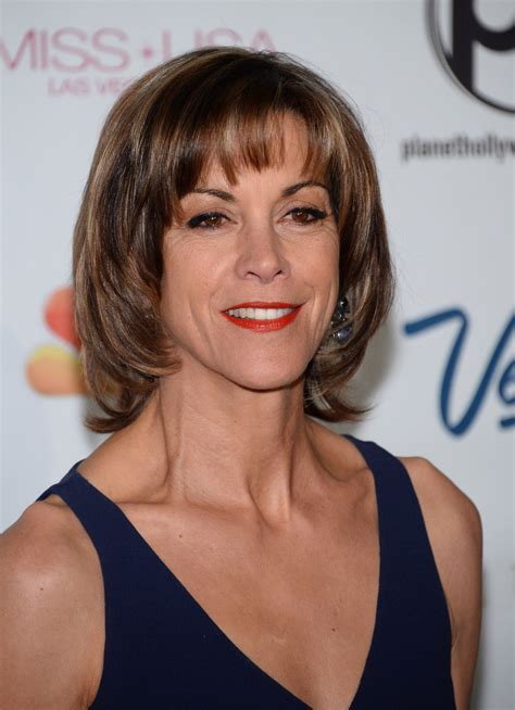 wendy malicks new shag haircut wendie malick photos photos arrivals at the miss usa