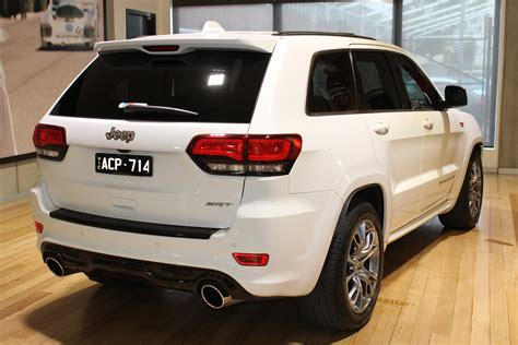 Astute White Pearl 2014 jeep grand wk my15 srt 8