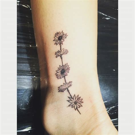 daisy chain tattoo designs best 20 chain ideas on