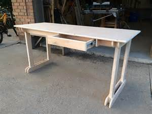 Plywood Desk Diy White Plywood Student Desk Diy Projects