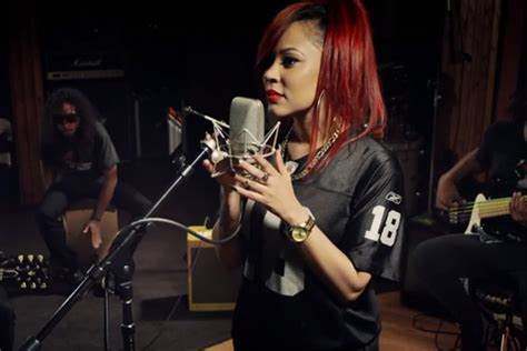 lyrica anderson watch lyrica anderson performs in studio acoustic version