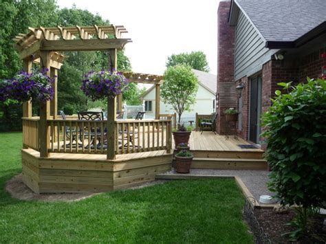backyard wood deck ideas decks by design custom built wood decks cedar decks or