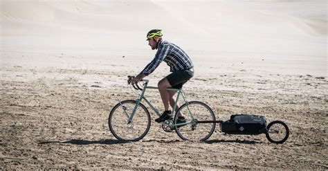 best touring bike the 16 best bike trailers for bicycle touring cyclingabout