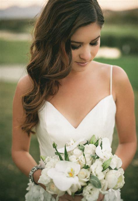 Wedding Hair Soft Curls bridal hair soft curls side part wedding photography
