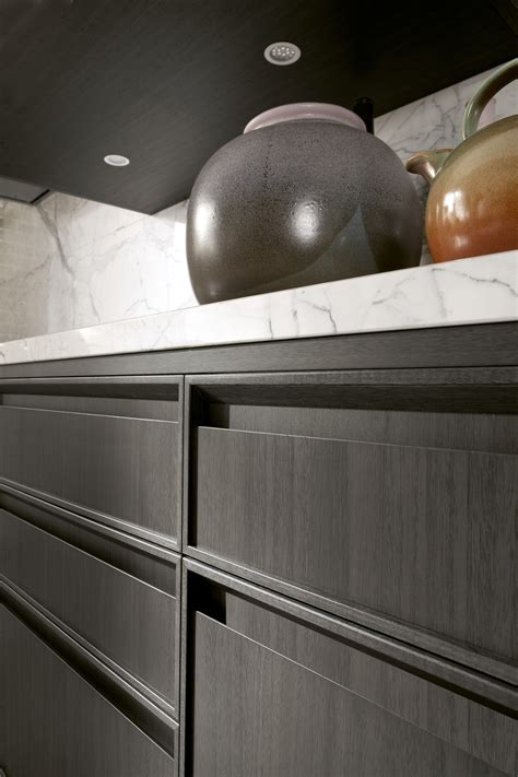 linear kitchen  integrated handles timeline timeline