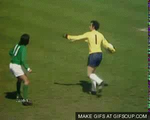 george best goal insolite les meilleures r 233 pliques de footballeurs