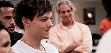 one direction gif find share on giphy one direction smile gif find share on giphy