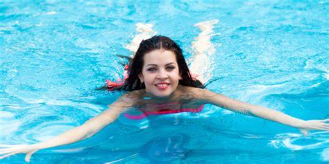Wanita Hamil Gara Gara Berenang Inilah Manfaat Berenang Bagi Ibu Hamil Dan Wanita Tips