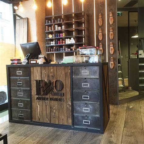 Meuble Agencement Magasin comptoirs agencement de magasin au style industriel