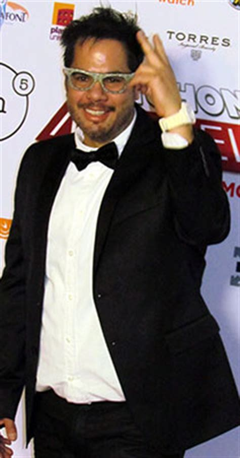 valentin trujillo actor busca fachon models aprovechar la cresta de la comedia
