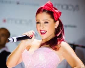 Reasons we love ariana grande america s newest breakout star