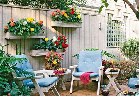 Gardening Ideas For Small Spaces Small Space Garden Ideas