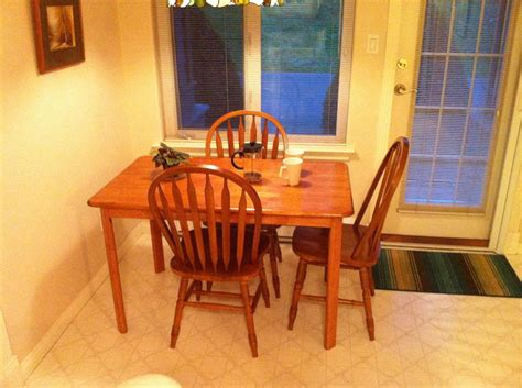 oak kitchen table and 4 chairs saanich