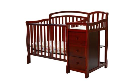 Mini Crib With Changer by On Me Casco 4 In 1 Mini Crib And Changing Table
