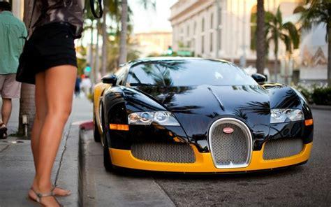 bugatti veyron store bumblebee bugatti veyron always sits outside of the most