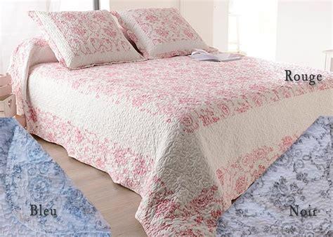 couvre lit toile de jouy bleu