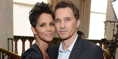Gives Oliver Martinez A by Halle Berry And Olivier Martinez To Divorce