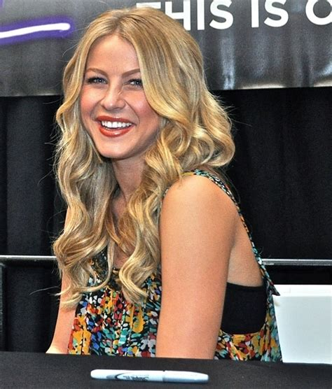 how to curl hair like julianne hough long tousled hairstyles for thick hair beauty riot