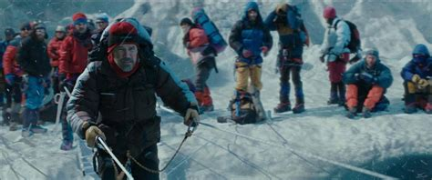 film everest critica cr 237 tica de la pel 237 cula quot everest quot demasiada gente en la