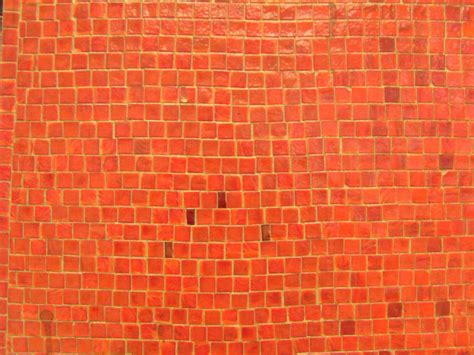 orange walls file orange mosaic wall jpg wikimedia commons
