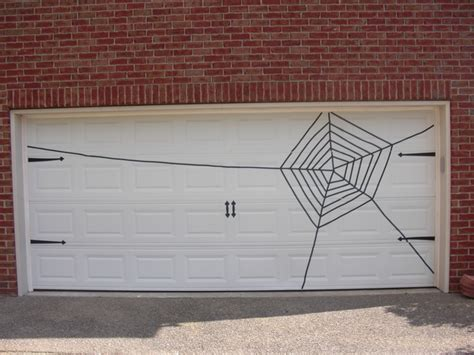 Best 25 Garage Door Halloween Decor Ideas On Pinterest Garage Door Decor