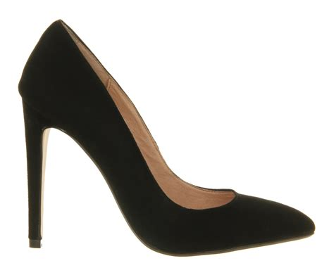 office razzle pointed court shoes in black lyst