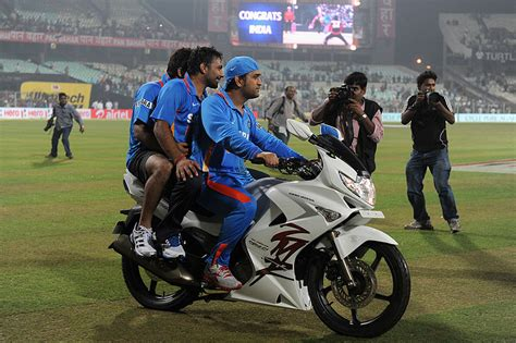 Mahendra Singh Dhoni Bike   www.pixshark.com   Images Galleries With A Bite!