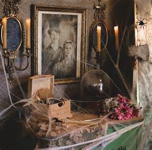 Scary Home Decor 25 Best Ideas About Haunted Mansion Decor On