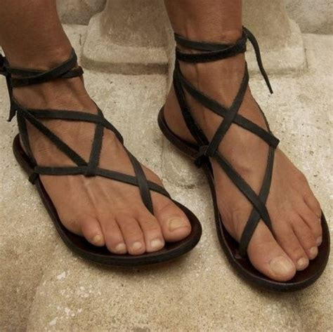 jesus in sandals 25 best jesus sandals images on jesus sandals