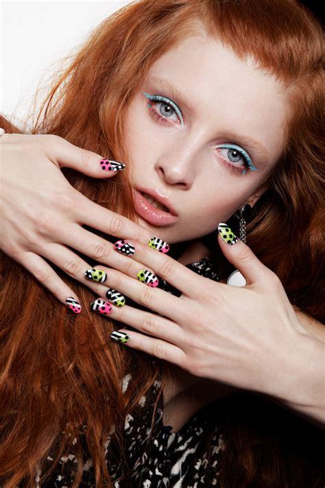 Eyeliner Di Indo eyeliner colorati per giocare con il makeup occhi just