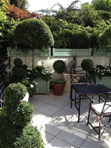townhouse patio ideas 26 beautiful townhouse courtyard garden designs digsdigs