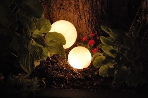 5 inexpensive ideas for summertime outdoor lighting