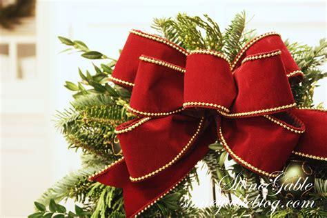 easiest      wreath stonegable