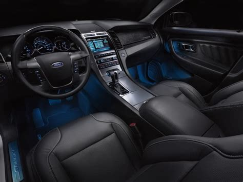 illuminazione led cer set a safe mood in your vehicle with ambient lighting