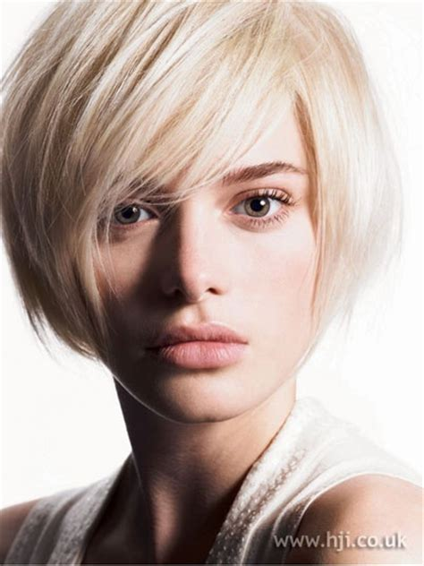 hairstyles bob cuts with fringe layered bob hairstyles with fringe fashion trends styles