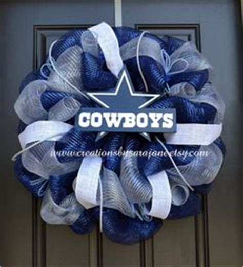 just what the cowboy needed the bachelors of blackwater lake books 1000 ideas about dallas cowboys wreath on